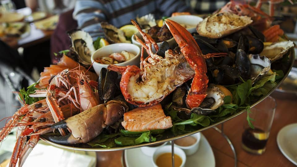 best seafood near your treasure island beach hotels